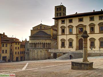 Arezzo: Piazza Grande