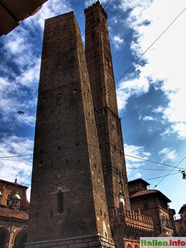 Bologna: Die zwei schiefen Türme, Wahrzeichen der Stadt