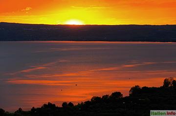Bolsena: Sonnenuntergang am Bolsenasee