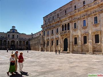 Lecce: Piazza del Duomo