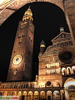 Cremona: Dom mit Glockenturm