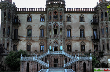 Novello: Schloss