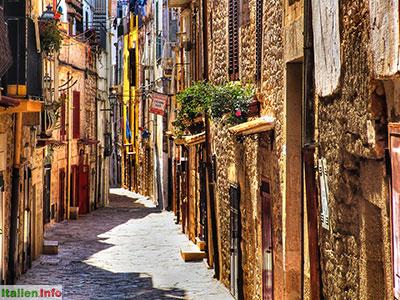 Ruvo di Puglia: Altstadt-Idylle -Via Rogliosa