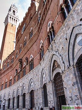 Siena: Palazzo Pubblico und Torre del Mangia