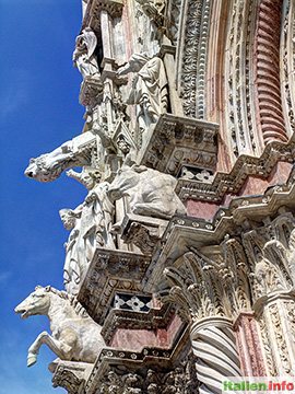 Siena: Dom Santa Maria Assunta - Fassadendetail