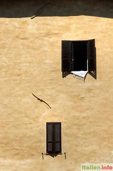 Nocera Umbra: Haus mit Erdbebensicherung