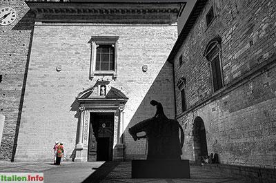 Spello: Piazza Matteotti