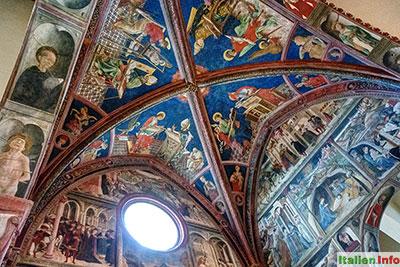 Atri: Kathedrale - Fresken im Chorraum