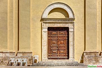 Civitella del Tronto: Chiesa di San Lorenzo - Portal