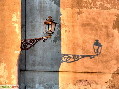 Gallipoli: Schattenspiele in der Abendsonne