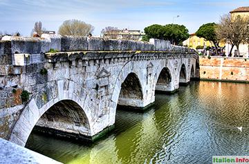 Rimini: Die Brücke des Tiberius