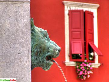 Cividale del Friuli: Fontana Diana Cacciatrice - Detail