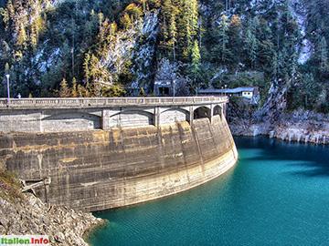 Sauris: Lago di Sauris - Staumauer