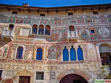 Spilimbergo: Palazzo Dipinto