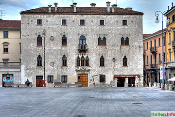 Udine: Palazzetto Veneziano