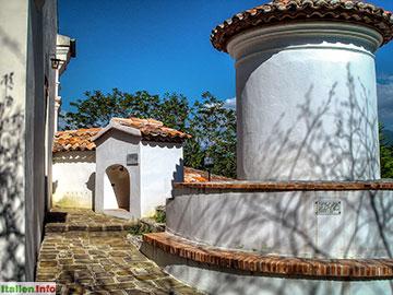 Laino Borgo: Santuario delle Cappelle