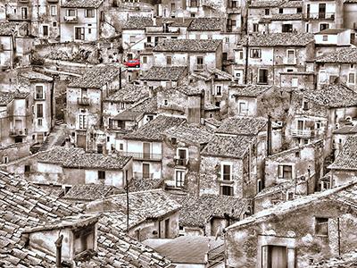 Morano Calabro: Eng gedrängte Häuser