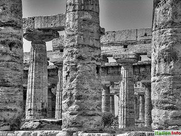 Paestum: Hera-Tempel und Poseidon-Tempel