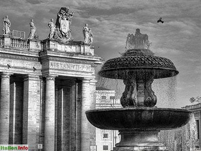 Rom: Petersplatz - Brunnen