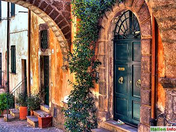 Tuscania: Altstadtgasse