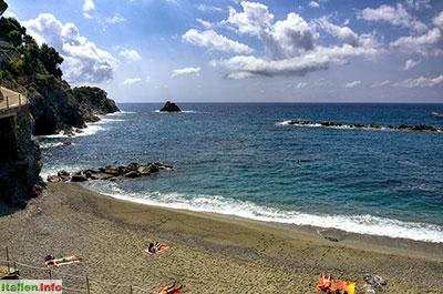 Monterosso al Mare: Strand