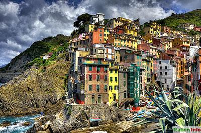 Riomaggiore: Bunte Häuser