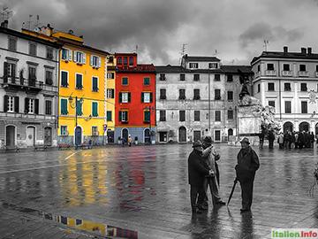 Sarzana: Piazza Giacomo Matteotti