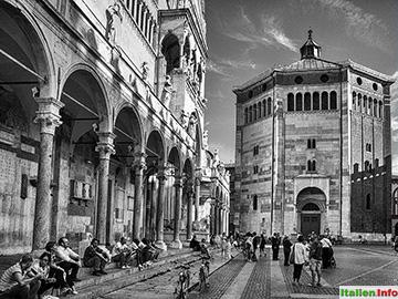 Cremona: Dom und Baptisterium auf der Piazza del Comune