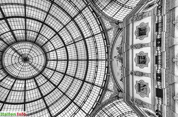 Mailand: Galleria Vittorio Emanuele II - Zentrale Kuppel