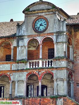 Pavia: Palazzo del Broletto