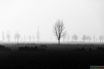 Mantua: Nebel in der Poebene