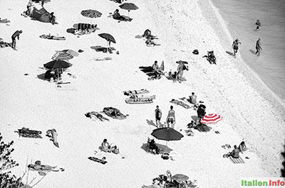Sirolo: Strandleben am Monte Conero