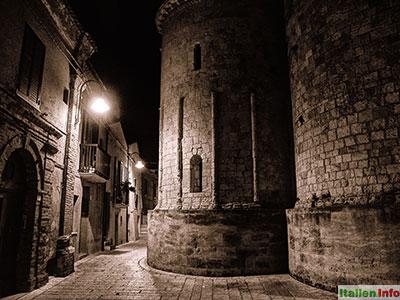 Termoli: Dom bei Nacht - Rückseite