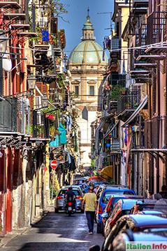 Palermo: Straße in der Altstadt