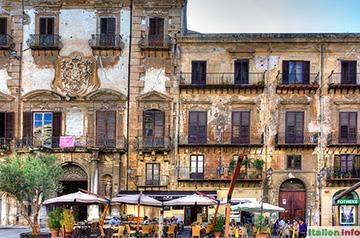Palermo: Piazza Bologni