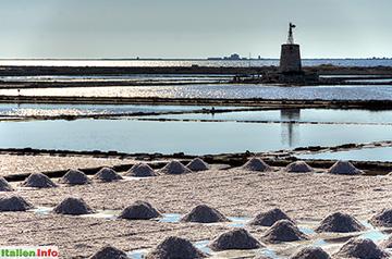 Trapani: Salzgewinnung in den Salinen