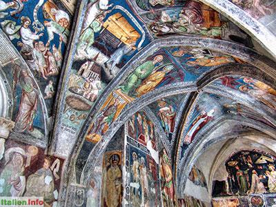 Brixen: Fresken im Kreuzgang