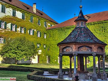 Brixen: Kloster Neustift - Stiftshof