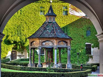 Brixen: Kloster Neustift - Brunnenhaus