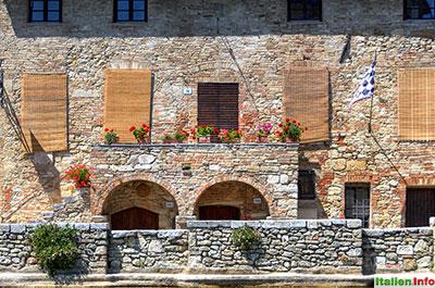 Bagno Vignoni: Mittelalterliches Haus