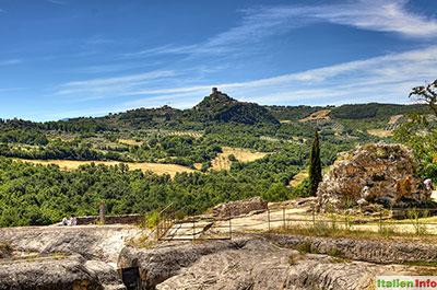 Bagno Vignoni: Blick auf Rocca d'Orcia