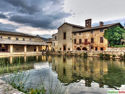 Bagno Vignoni: Thermalbecken