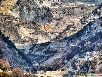 Carrara: Marmorsteinbrüche