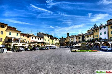 Greve in Chianti: Piazza Giacomo Matteotti