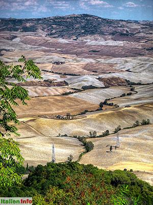 Volterra: Blick von Montecatini Val di Cecina