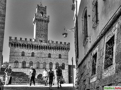 Montepulciano: Palazzo Comunale und Cantina Contucci
