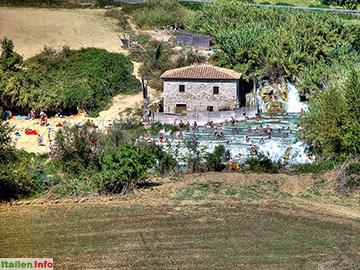 Manciano: Cascate del Mulino bei Saturnia