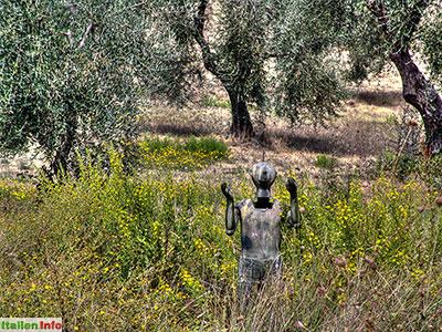 Seggiano: Il Giardino di Daniel Spoerri - Acht Albträume