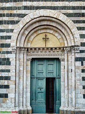 Volterra: Battistero di San Giovanni