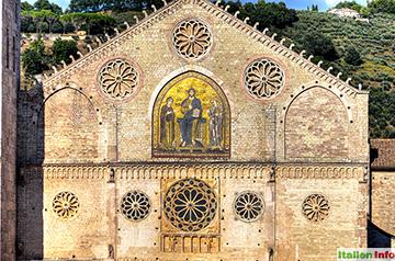 Spoleto: Dom Santa Maria Assunta - Fassade